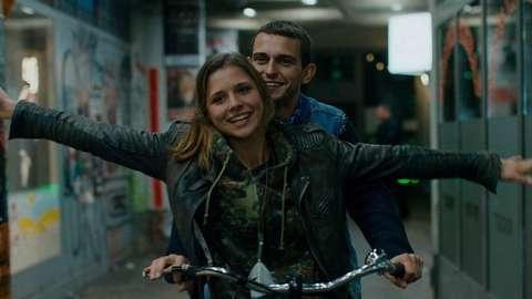 dating berlin verfilmung online spiele zum flirten