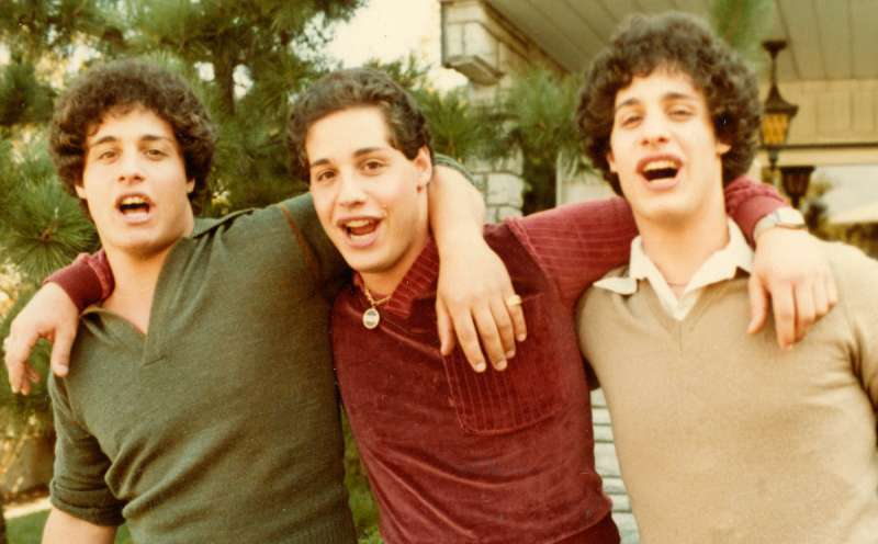 Three Identical Strangers - Bild