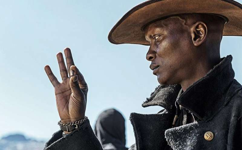 Five Fingers for Marseilles von Michael Matthews