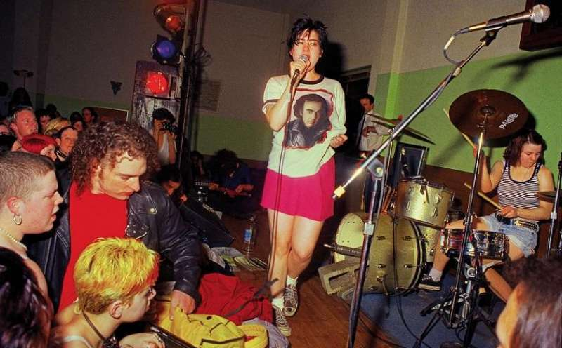 Queercore - How to Punk a Revolution von Yony Leyser