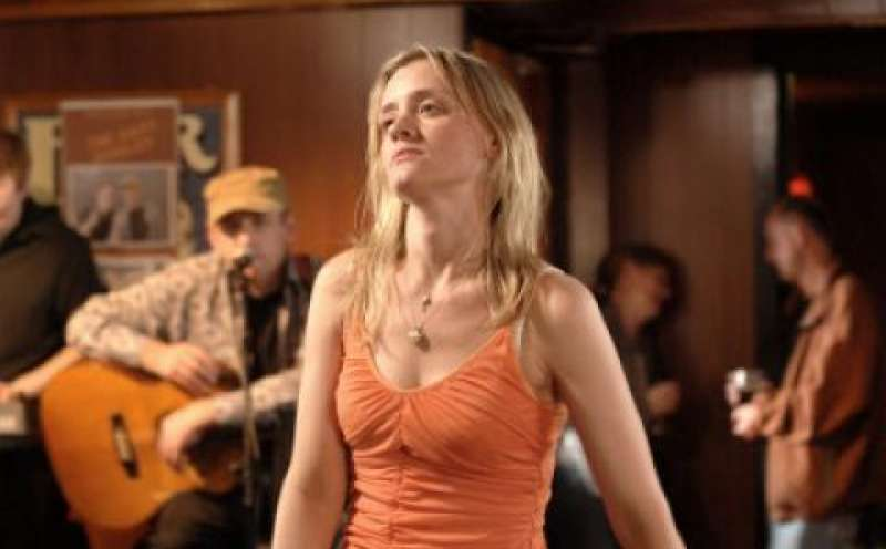 Garage 2007 Film Trailer Kritik