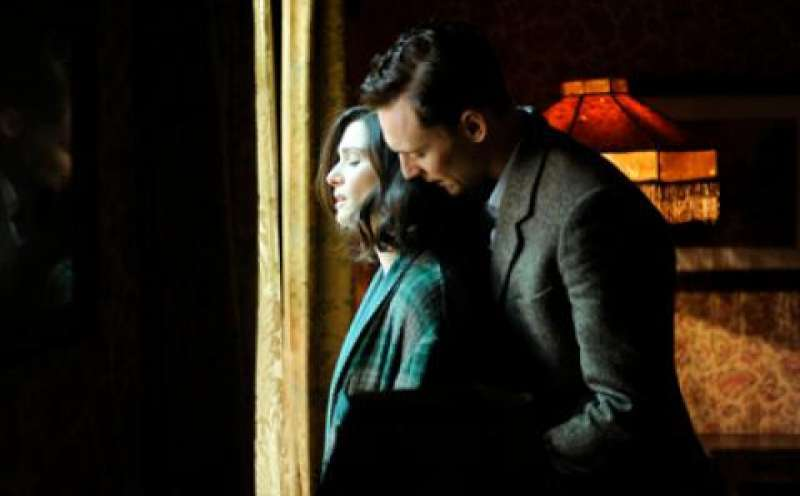 The Deep Blue Sea von Terence Davies