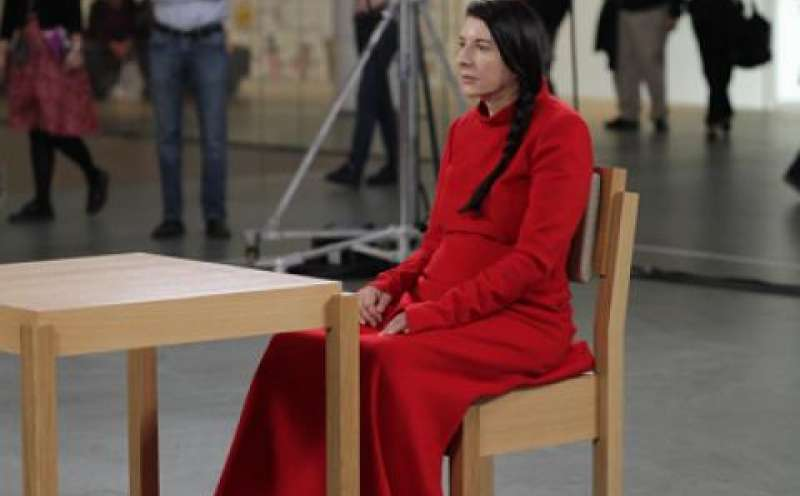 Marina Abramović: The Artist is Present von Matthew Akers