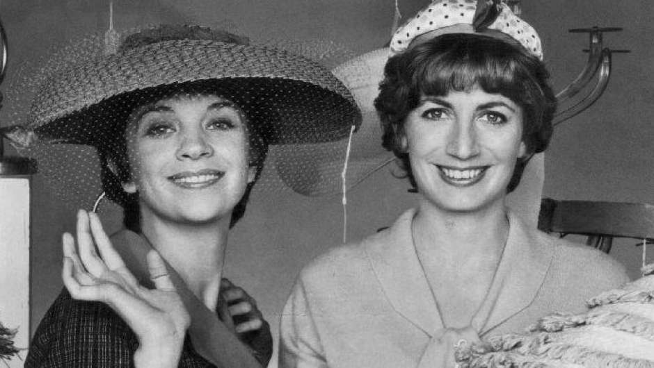 "Cindy Williams und Penny Marshall in ""Laverne & Shirley"""