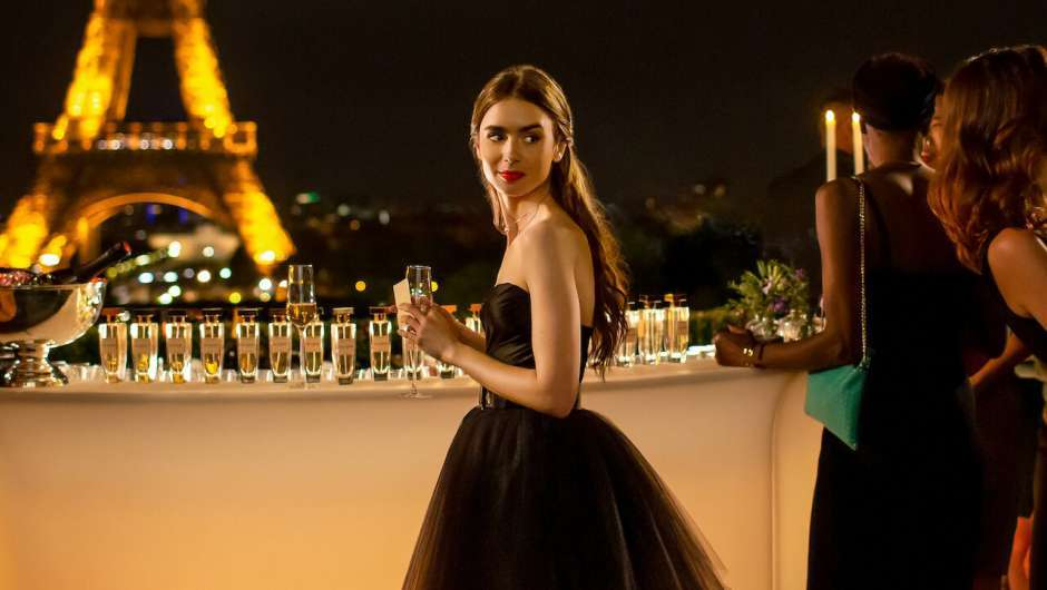 Still zu Emily in Paris (TV-Serie, 2020)