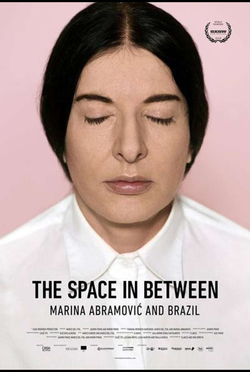 The Space in Between: Marina Abramovic and Brazil von Marco Del Fiol und Gustavo Almeida - Filmplakat