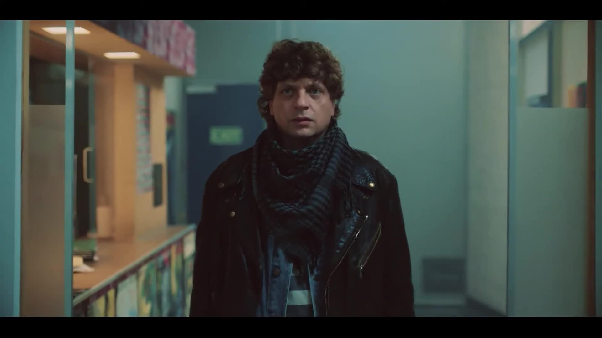 Moskau Einfach! (2020)   Film, Trailer, Kritik